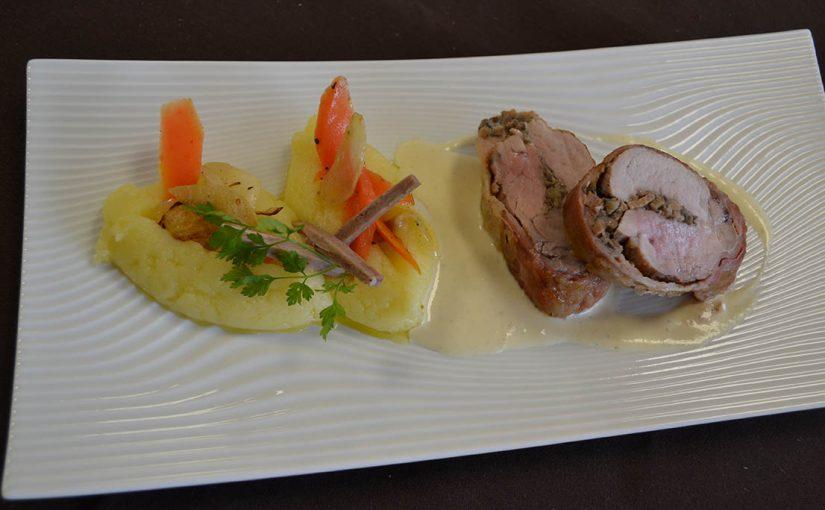 Filet de porc au jambon du cotentin et duxelles d'andouille