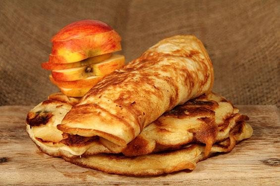 Pancakes aux pommes et à la farine de lin